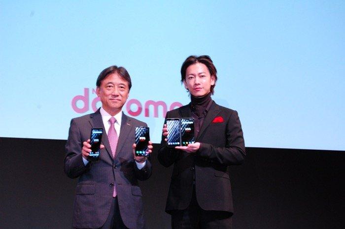 佐藤健が5Gを体験、ドコモが考える5Gの構想と新サービスとは?