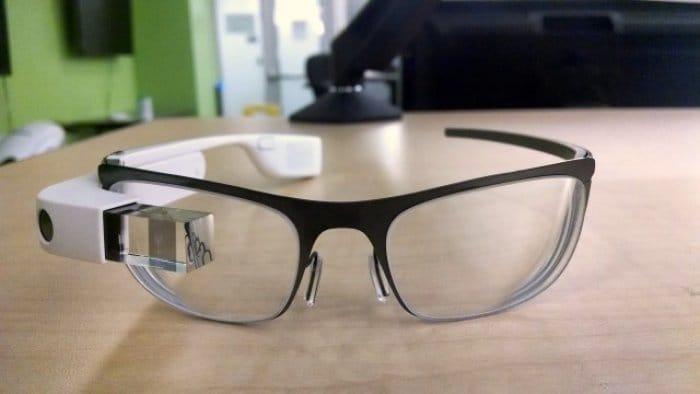 メガネと使える新型「Google Glass」の画像が流出、来年2月にリリース