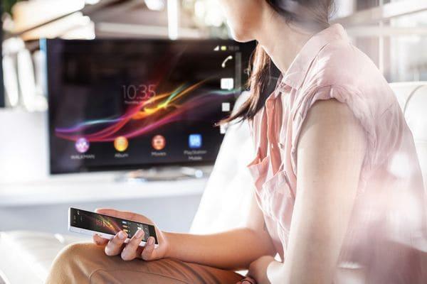Sonyが次期フラグシップモデル「Xperia Z」を正式発表 #CES2013
