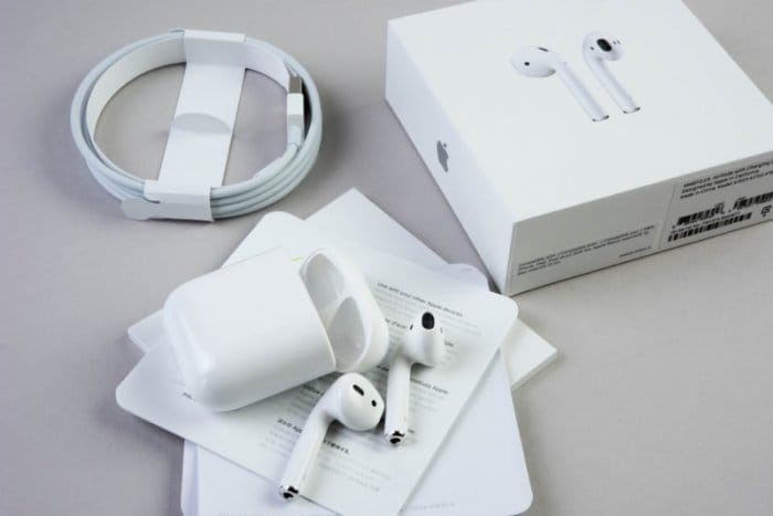 iPhone AirPods エアポッズ