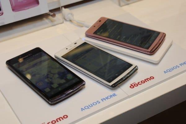 AQUOS PHONE EX SH-04E 3色