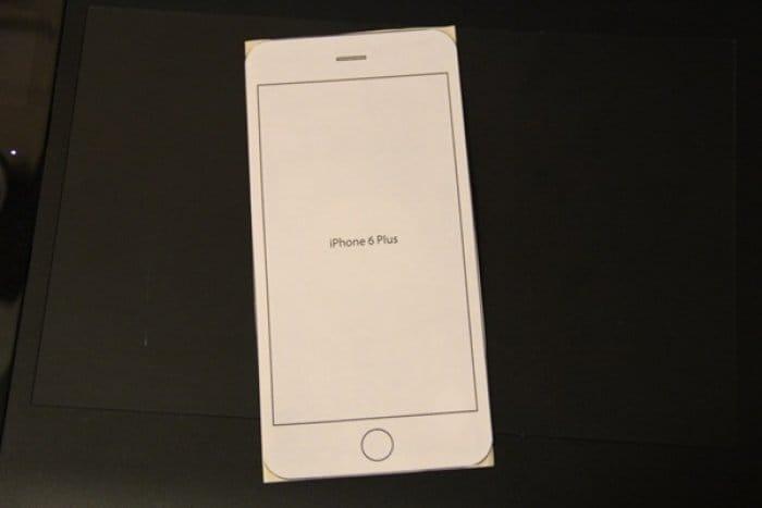 iPhone 6 Plus の型紙