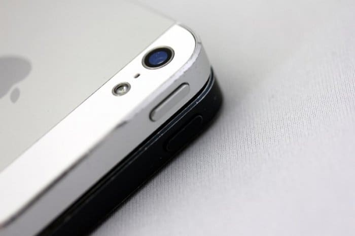 iPhone 5 スリープボタン