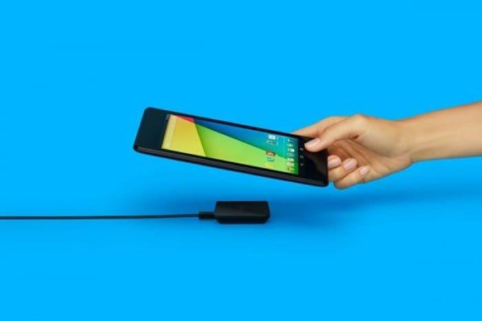 「Nexus 専用ワイヤレス充電器」がGoogle Playで発売へ、米では既に販売開始