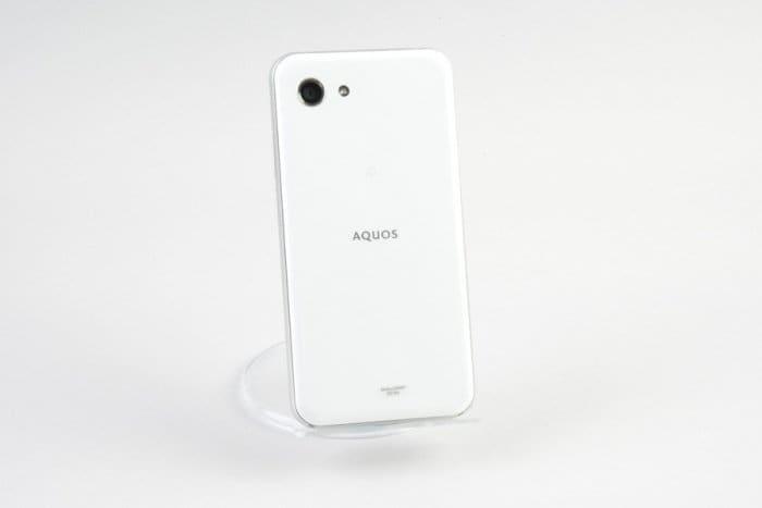 AQUOS R compact