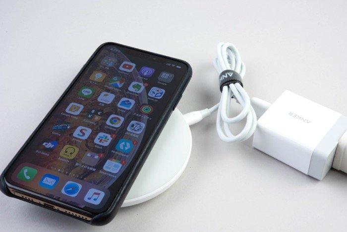 ワイヤレス充電器の選び方 平置きタイプ