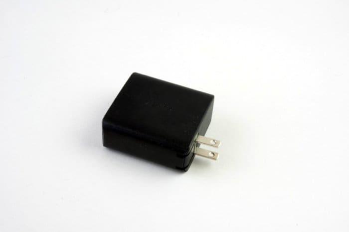 iPhone ケース 充電器