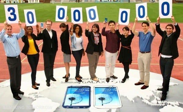 「GALAXY S III」の販売台数が3000万台を突破