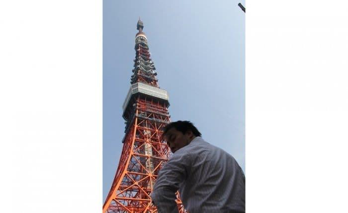 進撃の巨人 AR巨人カメラ 東京タワー