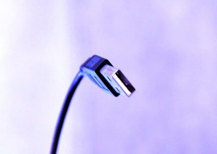 USBコネクタから表裏が無くなる日がやってきた、新形状プラグ「Type-C」が発表