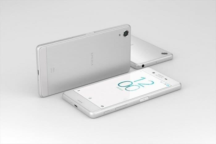Xperia X Performance SOV33 au