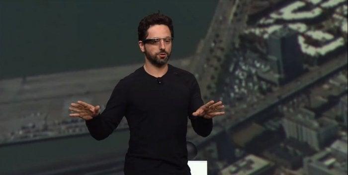 メガネ型端末「Google Glass」でスカイダイビングを生中継、Googleの目指す未来とは