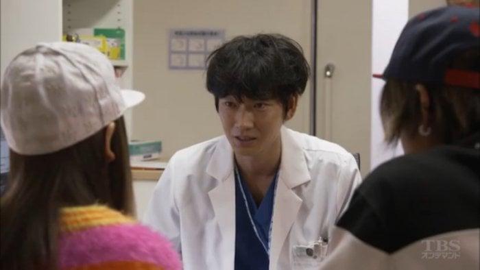 綾野剛率いる新生ペルソナメンバーが再び見せる命の奇跡、ドラマ『コウノドリ』 あらすじと続編の魅力