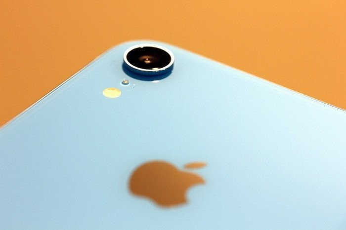 iPhoneでカメラのシャッター音を消す方法:無音カメラアプリ・動画撮影など