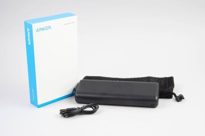 コンパクトな大容量モバイルバッテリー「Anker PowerCore 20000 Redux」レビュー