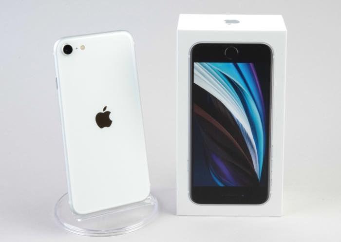 iPhone SE(第2世代)レビュー、大きさや解像度など買い替え時に注意すべき点は?