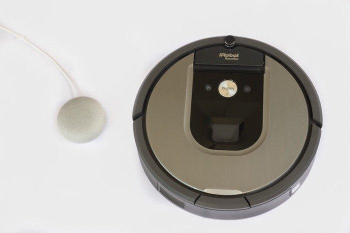 ロボット掃除機「ルンバ」をアプリやスマートスピーカーの音声入力で操作