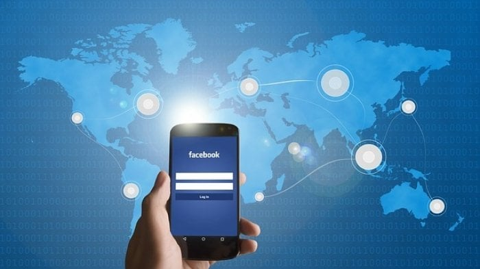 Facebook、投稿を自動翻訳して外国語でも公開できる機能を導入