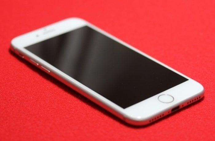 プロが選ぶ、iPhone・Xperia向け液晶保護フィルム売れ筋ランキング【ビックロ ビックカメラ新宿東口店編】
