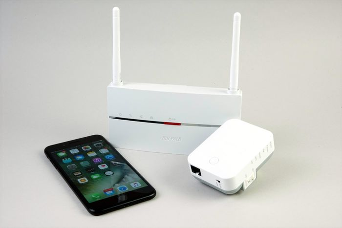 自宅のWi-Fiが遅い? 効果バツグンの「Wi-Fi(無線LAN)中継器」の選び方──おすすめ製品、設置場所、接続方法も解説