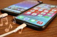 スマホの充電音を変更する方法、iPhone/Androidスマホそれぞれの手順を解説