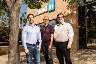 Microsoft、LinkedInを262億ドルで買収
