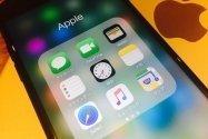 iPhoneアプリを整理する方法──アイコンの移動/削除とフォルダ作成