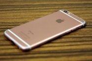 iPhoneのバッテリーを置き方ひとつで長持ちさせる方法──通知によるディスプレイの電池消費をゼロにする