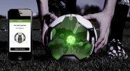 スマホでキック精度を磨く、アディダスが「マイコーチ スマートボール」対応のAndroidアプリをリリース
