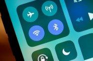 【iOS11】Wi-FiとBluetoothを接続解除/完全オフにする方法