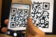 iPhoneの標準カメラでQRコードを読み取る方法、読み取れない場合の対処法も